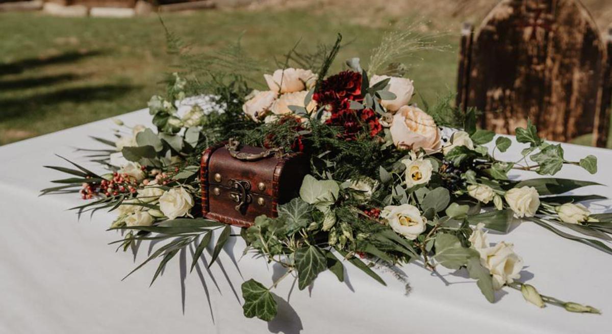 Tisch-Blumenschmuck
